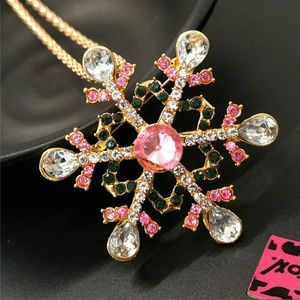 NWT Betsey Johnson Pink Snowflake Sweater Necklace